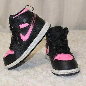 Nike Jordan Retro size 7 Toddler